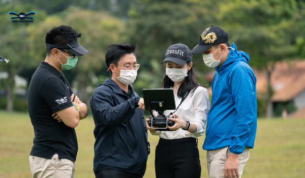 drone course singapore includes drone assembly and debugging training